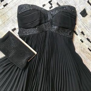 Guess Strapless Pleated Chiffon Dress 🖤